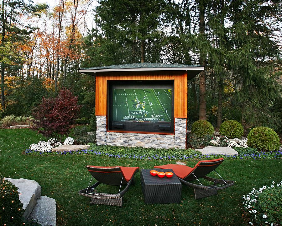 Backyard Movie Ideas tips for the ultimate backyard movie night - inflatable xperts